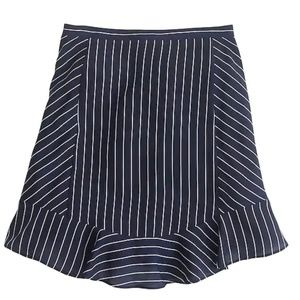 Swing skirt in pinstripe